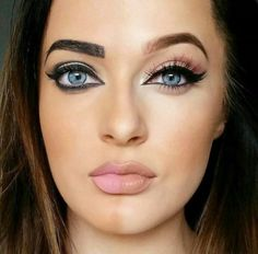 How to applying eyeliner the right way – Just Trendy Girls