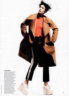 Photographer: David Sims Stylist: Camilla Nickerson Model: Raquel Zimmermann Make-Up: Diane Kendal Hair: Guido Palau
