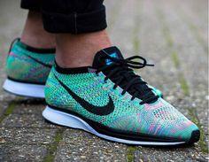 new arrivals 57325 24551 Découvrez la Nike Flyknit Racer Rainbow Multicolor 2.0, une running pour  homme et femme, aux couleurs de l arc-en-ciel (printemps 2017).