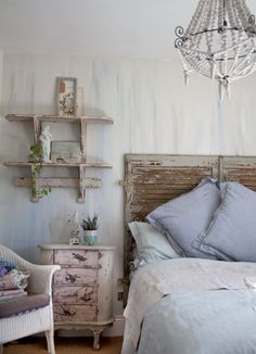 This Bedroom was shared by {Janice Issitt}. Find more Bedroom ideas and inspiration at{mine} French Country Bedrooms, French Country Style, Linen Bedroom, White Bedroom, Annie Sloan Chalk Paint, Ladder Decor, Duvet Covers, Bed Pillows, Sweet Home