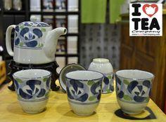 Set pintado a mano de tetera (500 ml. aprox.) + filtro para tetera + 5 vasos. 18 € - Referencia SET005