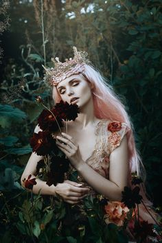 A Floral Fairytale with Profoto — Bella Kotak Photography. Behind the scenes with Bella Kotak. Foto Fantasy, Fantasy World, Fantasy Art, Fantasy Images, Fantasy Photography, Portrait Photography, Fashion Photography, Modern Photography, Photography Portfolio
