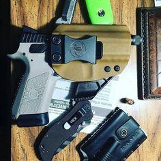 Holster love from @zdurden0910  EDC update cz p07 tactical in ANR design holster zero tolerance zt350 tiger stripe blade treyvax wallet and stream light mini  #ANRdesign  Anrdesignkydexholster.com  #photography #gun #firearms #pistol #pistols #guns #handgun #rifle #machinegun #fashion #machining #shotgun #ammo #kydex #kydexholster #holster #pewpew #video #meme #gif #model #cars #tattoos #edm #gunporn #funny #meme #girlswithguns #gunlove