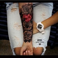 Roses , red heart @the_tattoo_insta @drozdovtattoo