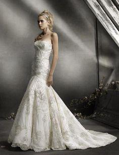 I love a beautiful mermaid gown