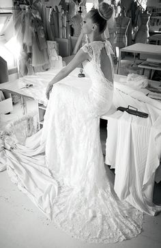 Munsters Best Bridal Boutique, specialising in elegant, romantic, contemporary and traditional bridal dresses and bridesmaid's dresses for your wedding party. Boho Chic Wedding Dress, Beautiful Wedding Gowns, Wedding Dress Sizes, Cymbeline Wedding Dresses, Bridal Wedding Dresses, Bridesmaid Dresses, W Dresses, Flowing Dresses, Vestidos