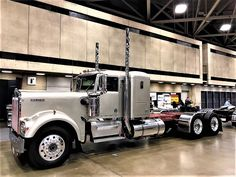 Millions of Semi Trucks: Photo Big Rig Trucks, Dump Trucks, Tow Truck, Cool Trucks, Peterbilt 379, Peterbilt Trucks, Heavy Construction Equipment, Heavy Equipment, Trailers