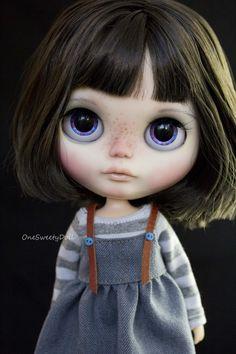 Vyhrazeno pro Alessandra N2 Lola černá krátké vlasy RBL Blythe