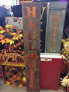 Halloween signs Halloween Signs, Halloween Ideas, Happy Halloween, Halloween Decorations, Halloween Entryway, Wooden Boards, Fall Signs, Wood Signs, Berries