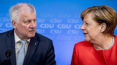 Merkel und Seehofer reagieren betroffen auf Busunfall in Bayern