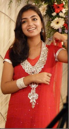 Beautiful Girl Indian, Most Beautiful Indian Actress, Beautiful Actresses, Country Girls Outfits, Girl Outfits, Nazriya Nazim, Indian Natural Beauty, Fashion Jewellery Online, Dress Indian Style