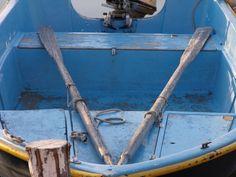 Barca pescatori con remi