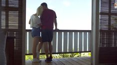 Catherine a su charmer le Québec par sa simplicité. Revivez quelques moments mémorables de son aventure en Grèce : sa grande indécision pour Mykonos, l'évolution de sa relation avec Andrew et le bon temps passé avec ses coconuts.