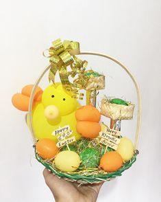 Mini easter egg basket