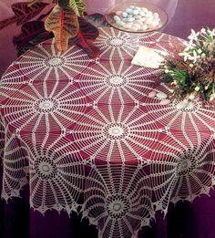 Crochet Art: Tablecloth - Crochet Lace Tablecloth So Beautiful So Easy - Small Diagram Crochet Tablecloth Pattern, Crochet Bedspread, Crochet Doily Patterns, Crochet Motif, Crochet Designs, Crochet Doilies, Crochet Flowers, Lace Patterns, Knitting Patterns