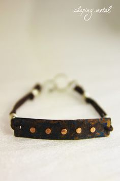 BRACCIALE UOMO IN RAME #bracciale • #bracelet • #rame • #copper • #patina • #argento • #silver • #sterling • #formatura • #forming • #forgiatura • #forged • #fattoamano • #handmade • #gioielli • #jewelry • #artigianale • #handcrafted • #diana • #dianalab • #dianajewelry • #shapingmetal