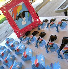 Print the picture for the sunglass party favors Sweeten Your Day Events: Rainbow Dash Pony Party