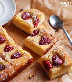 FIT CIASTO KOKOSOWE Z MALINAMI   Healthy Snacks List, Healthy Desserts, Healthy Recipes, Fig Cake, My Dessert, Gluten Free Desserts, Desert Recipes, My Favorite Food, Good Food