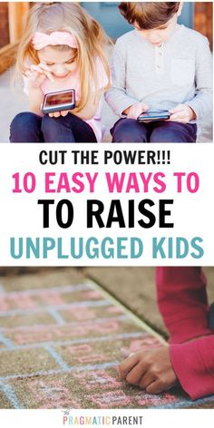 10 simple ways to limit screen time with children. Positive habit-forming ways to create an unplugged family life & raise healthy balanced kids. Gentle Parenting, Kids And Parenting, Mindful Parenting, Happy Mom, Happy Kids, Parenting Articles, Parenting Hacks, Kids Behavior, Toddler Preschool