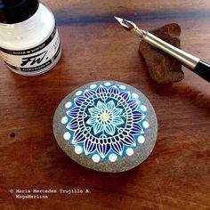 Mandala Pebble - Mandala Stone | Flickr - Photo Sharing!