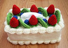 Fun. Free pattern: Chiffon Cake with Fruit Topping Tissue Box Cozy pattern by Twinkie Chan
