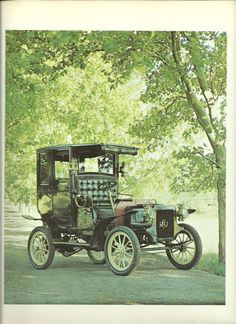 1906 REO M     -  Vintage Automobile Book Print. $3.75, via Etsy.  REO STANDS FOR R.E. OLDS (OLDSMOBILE)  --  MADE FROM 1904 T0 1936