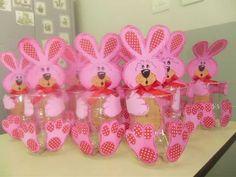 dulceros con envases21 Baby Easter Basket, Easter Baskets, Easter Bunny, Diy Y Manualidades, Diy And Crafts, Paper Crafts, Plastic Bottle Crafts, Boyfriend Crafts, Easter Crafts For Kids