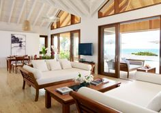 Oceanfront Residence Evoking Fortress-Like Grandeur Como Villa Parrot Cay (16)