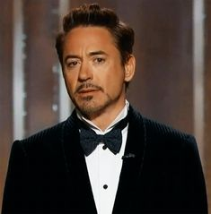 Robert Downey, Jr. ~ Gif (click on picture)
