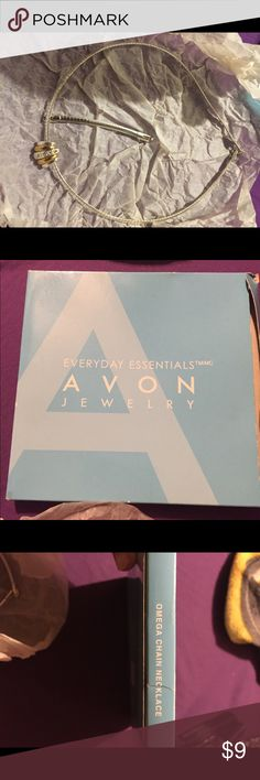 Avon brand omega style chain w/pendant Silvertone fashion necklace from Avon, has been boxed since purchase only worn once. Comes with chain extender and pendant Avon Jewelry Necklaces