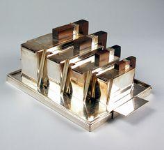 La Maison DESNY (France) Tea Service c. 1930, silver-plated metal (hva)