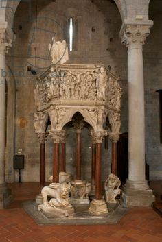 The pulpit in the Church of Sant'Andrea by Giovanni Pisano