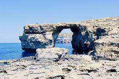 Gozo, sora mai mică a Maltei, și plajele sale diferite Mount Rushmore, Window, Mountains, Nature, Travel, Outdoor, Viajes, Outdoors, Windows