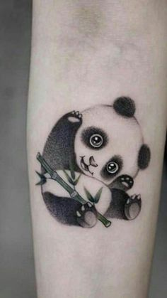 Some panda tattoos for women are usually delicate, fun and tender, these characteristics are what determine to be used by girls. Mini Tattoos, Body Art Tattoos, New Tattoos, Small Tattoos, Tatoos, Tattoo Drawings, Niedlicher Panda, Cute Panda, Panda Bear Tattoos
