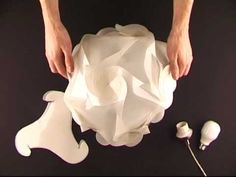 Instrukcja składania lampy Swirl - Light of Mind Manual of Swirl lampshade - Light of Mind box geometric Light of Mind - Swirl lampshade Origami Lampshade, Paper Lampshade, Calliope Mini, Origami Lights, 3d Puzzel, Puzzle Lights, Origami And Kirigami, Origami Box, Paper Light