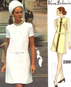 Articoli simili a Vintage anni sessanta manca un pezzo di vestito taglia 12  Vogue Paris originale 2360 Pierre Balmain cartamodello design anni 60 anni  70 70 ... 5bf03e233ee
