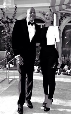 They are so lovely. Power couple indeed. Rocking the Black and White :) #Bey