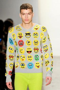 JEREMY SCOTT emoticon v neck sweater