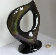$320.00***RAINBOW OBSIDIAN SCULPTURE:  Outstanding black obsidian free-form with exceptional rainbow coloring. Rare Crystal, Crystal Gifts, Diamond Quartz, Herkimer Diamond, Minerals, Art Pieces, Coloring, Rainbow, Sculpture