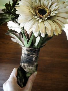 Camo bouquet. Rustic camo country wedding