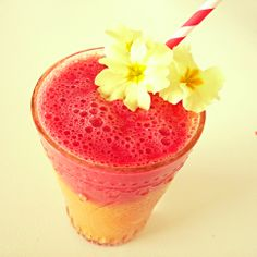 Mango & Raspberry smoothie by Star 'The Facelift Diet' Khechara