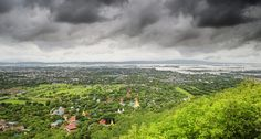 https://flic.kr/p/B2mH4s | Mandalay Hill for views out over the city and Irrawaddy Delta | © all rights reserved by B℮n