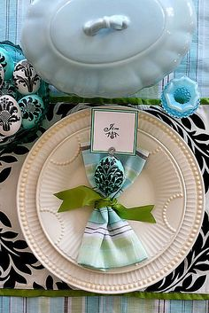 ⌺ Splendid Table Settings ⌺    blue and aqua tablescape