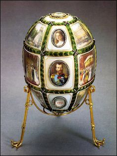 1911 Fabrege egg...made for the 15th anniversary of Nicholas and Alexandra.