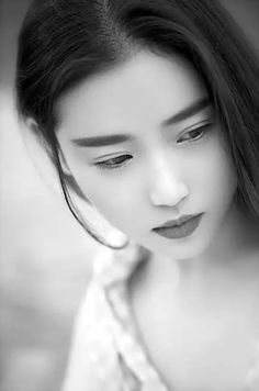 Chinese model - Zhang Xin Yuan.