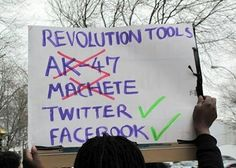 革命工具:Facebook、Twitter