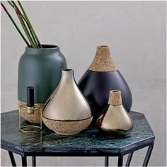 Most up-to-date Images pottery designs nature Popular Keramik mit Kork Vase BloomingvilleBloomingville Feng Shui, Ceramic Vase, Ceramic Pottery, Pottery Courses, Interior Styling, Interior Design, Modern Interior, Pottery Store, Deco Nature