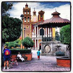 .@mexicodesconocido | #Tequisquiapan está listo para celebrar la Feria del Queso y el Vino! Hoy dar...