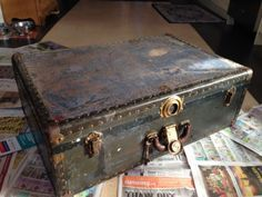 Diy Painted Old Trunk Step By Step The Home Pinterest