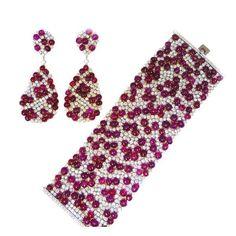 Exquisite Flexible Natural Burma Ruby Bracelet and Earrings en S. USA, 21st century